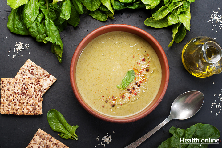 Spinach, Lettuce and Spring Onion soup